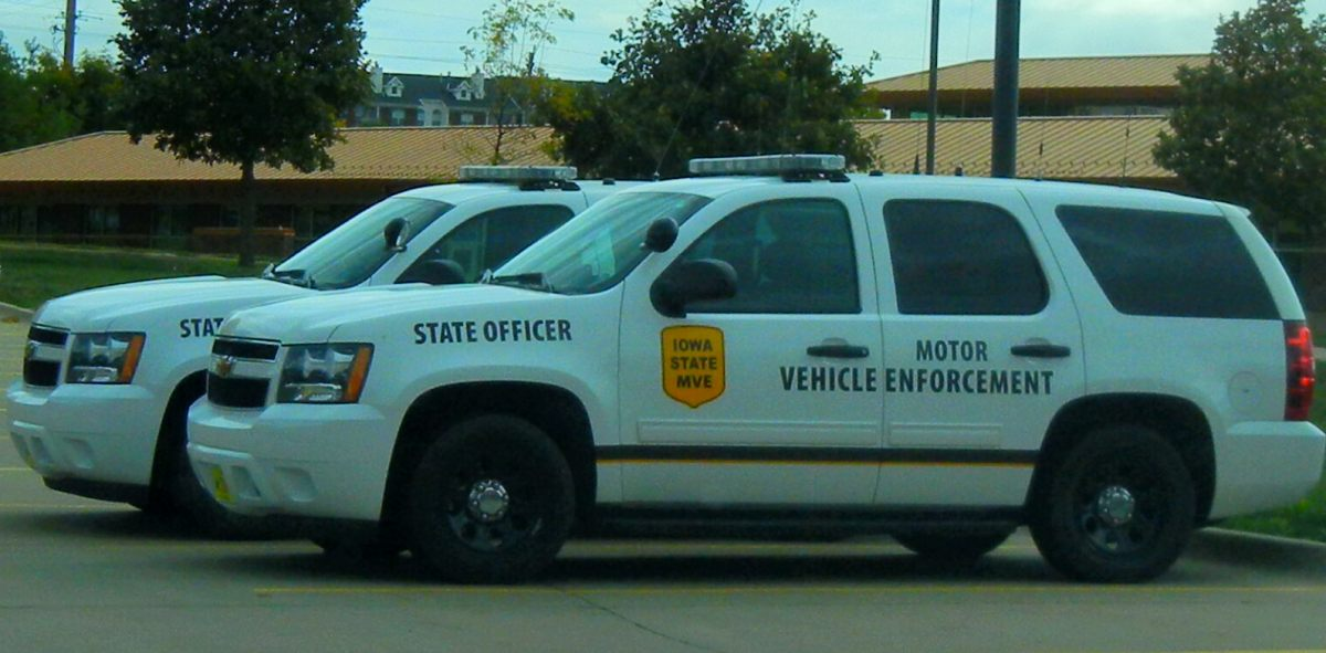 Police vehicles for Iowa motor vehicle laws